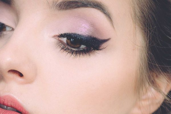 Ombre-Brows-Full-Lips-Blush